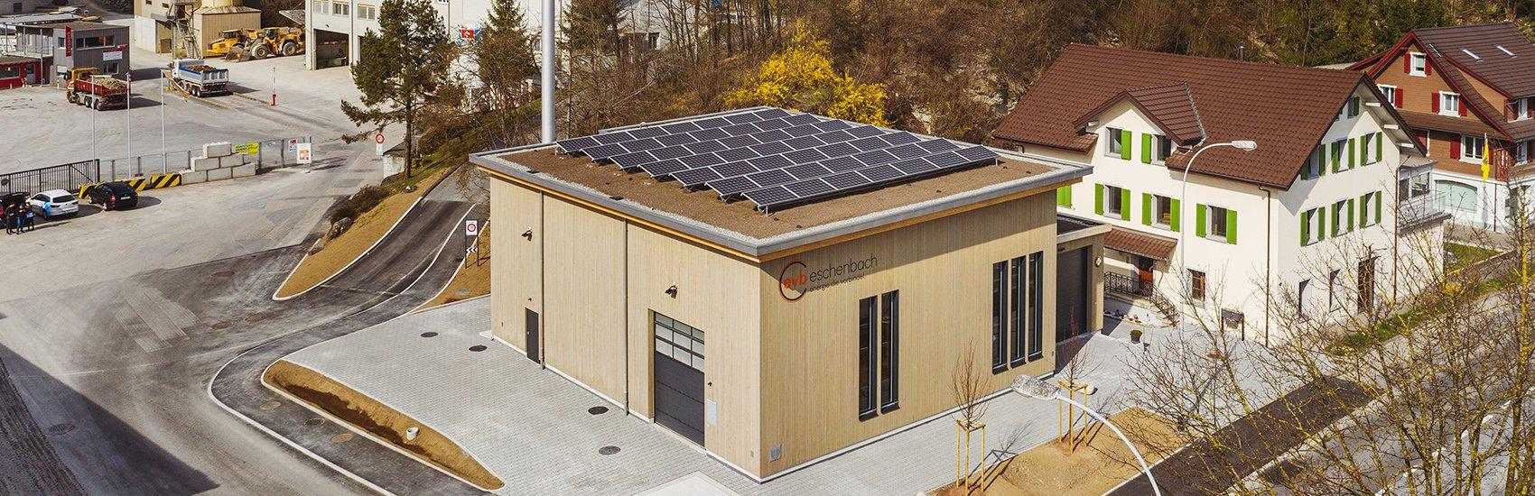 Energieverbund Eschenbach AG, Photovoltaikanlage, Geäudedach